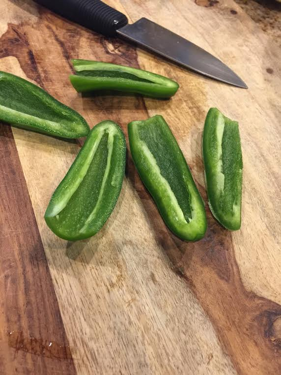 slicing-jalapenos