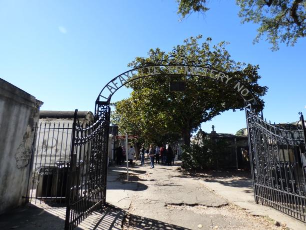 cemetary-entrance